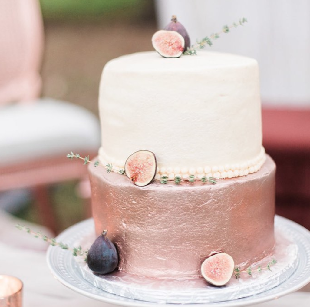 fig wedding cake, fig cake, pink wedding cake, glittery cake, new mexico wedding cake